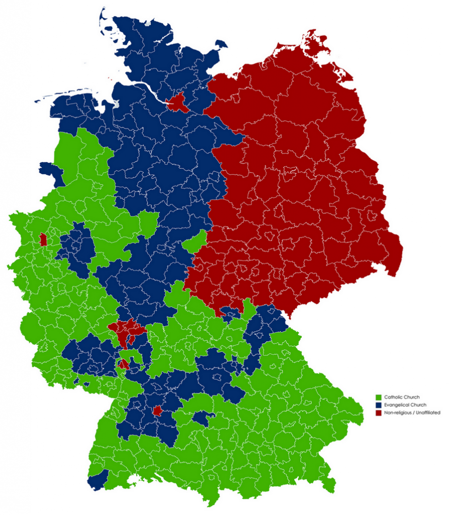 Map of predominant religions by districts of Germany